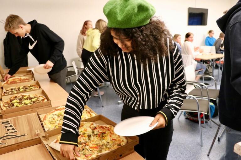 Kommunen bjöd på pizza – för att få hjälp med Norra kajen