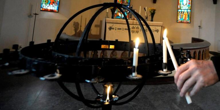 Allhelgona: Så corona-anpassar kyrkan