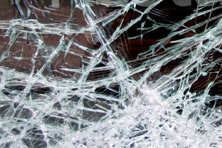 Brott: Orsakade förödelse på behandlingshem – åtalas för skadegörelse