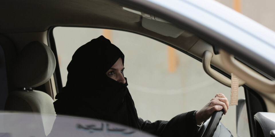 Kvinnorättsaktivisten Aziza al-Yousuf, en av de åtalade kvinnorna som frigavs i mars. Bild från 2017.