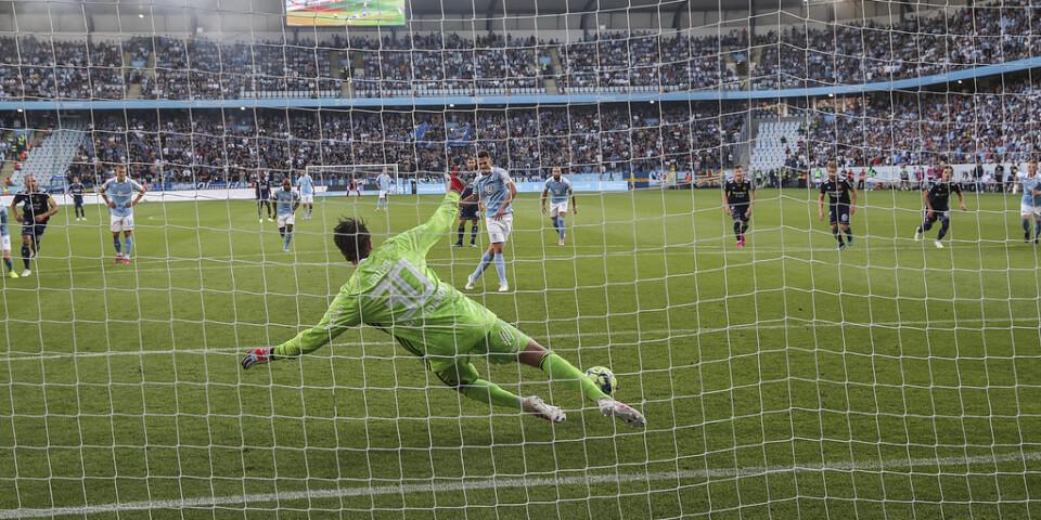 Malmö missade sjätte raka straffen och Djurgårdens Tommi Vaiho höll sjätte raka nollan i toppmötet på Stadion.