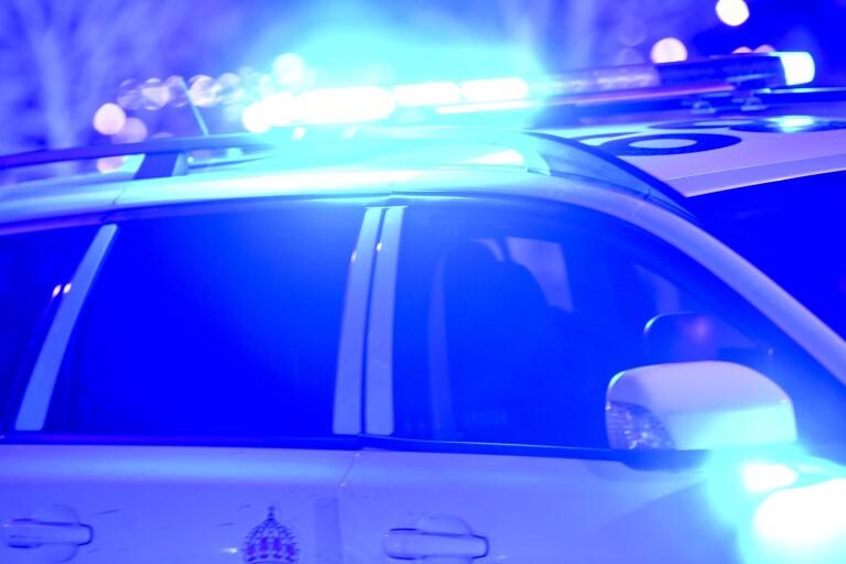 I natt: Fotgängare på R40 misstänkt för vårdslöshet i trafik