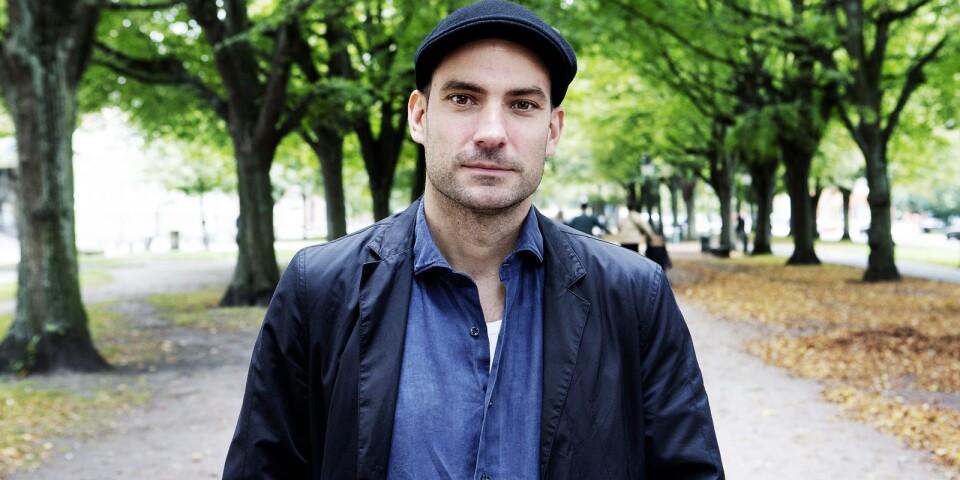 Andrzej Tichýs nya novellsamling kommer att tillhöra det bästa och viktigaste som gavs ut under 2020. Det menar Stefan Eklund.