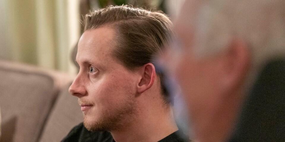 Björns pappa Ola Andreasson har sporadisk ALS. Björn Andreasson har fått in flera 100 000 kronor i olika insamlingsprojekt till forskning. Nu har han utsetts till ambassadör för Ulla-Carin Lindquists stiftelse.