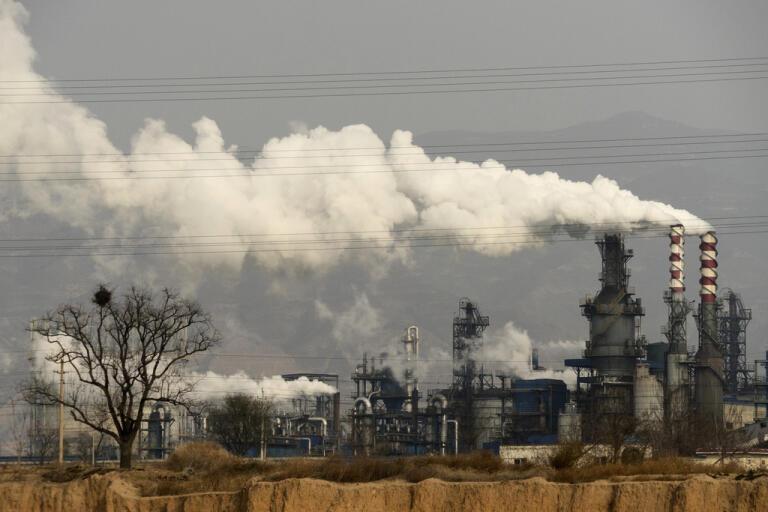 Produktionen i Kinas tillverkningsindustri har börjat öka takten igen, även om efterfrågan är svag till följd av coronakrisen. Arkivbild