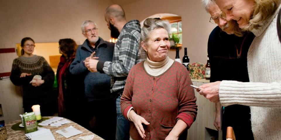 Den 3 mars bjuder frögruppen in till ett frömöte där de även delar med sig av sina överskottsfröer, berättar Karin Malmgren på Ecotopia.