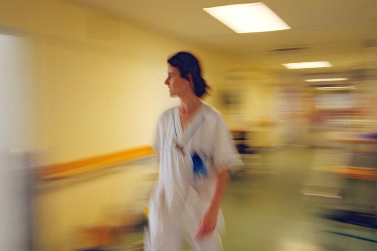 Så stressade är skånska läkare under pandemin – studie ska ge svar
