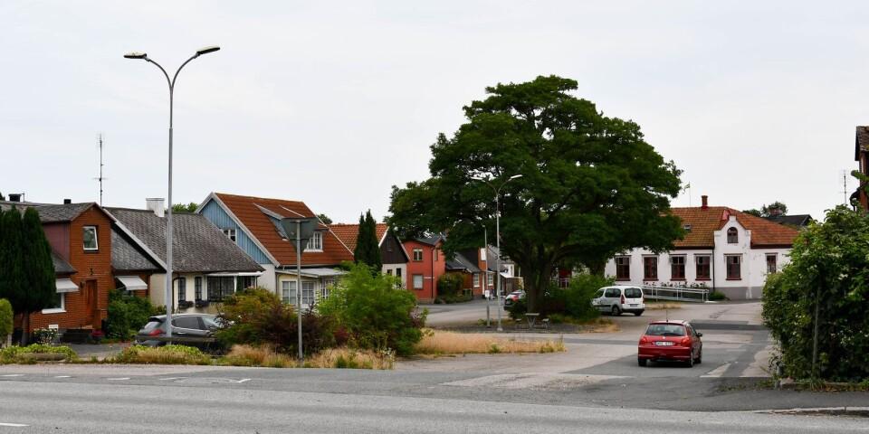 Ett ansiktslyft av Måns Nils torg i Borrby har varit efterlängtat. Just nu samlas synpunkter om torgets framtida utformning in och planen är att arbetet ska starta i november.