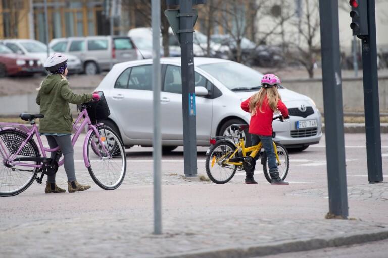 Får barn lära sig trafikvett i hemmet?
