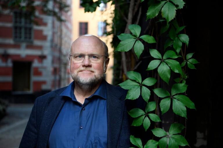 """Författaren Ola Larsmo är aktuell med romanen """"Översten"""", som rör sig i samma historiska miljöer som förra boken """"Swede Hollow""""."""