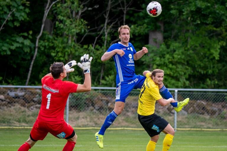 Jesper Hallqvist stod i Dalstorps två inledande matcher i division 2.