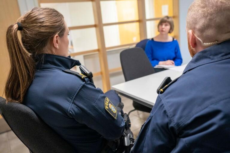 """Poliserna som lämnar dödsbuden: """"En av de värsta uppgifter vi har"""""""