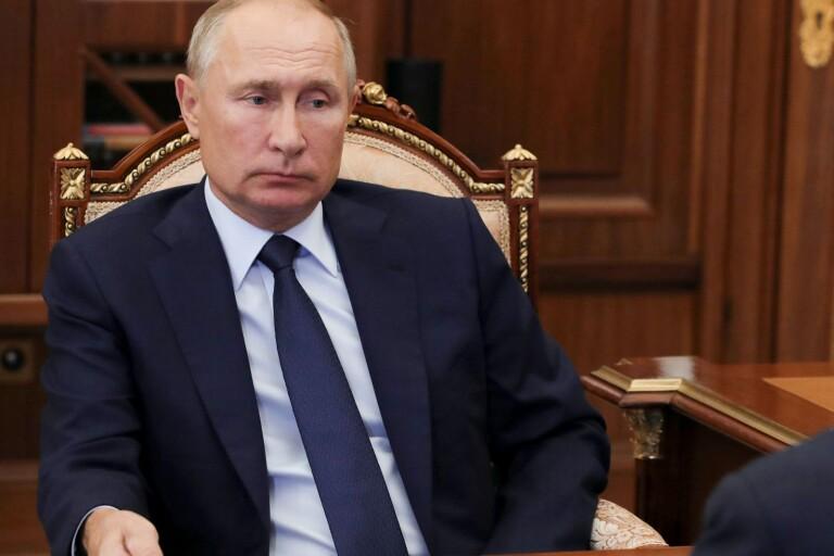 Karlsbro: Tryck tillbaka Putin en gång för alla