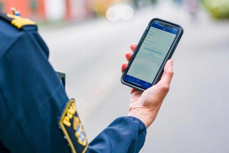 Fler fartsyndare åker fast med polisens nya teknik