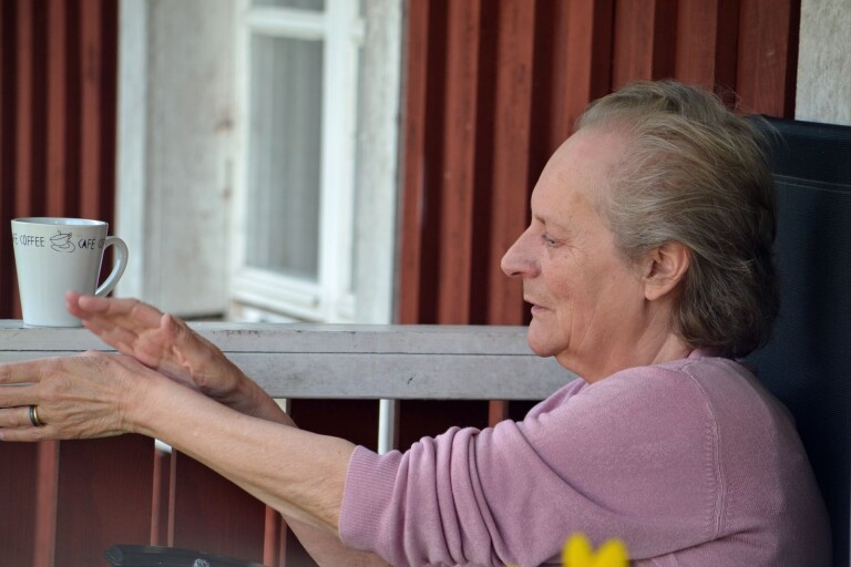 Blev blind över en natt – Angelika vaknade till ett liv i mörker