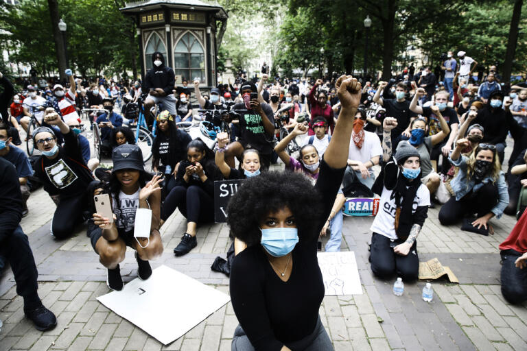 Demonstrationer mot rasism och polisvåld i Philadelphia under tisdagen. Arkivbild.