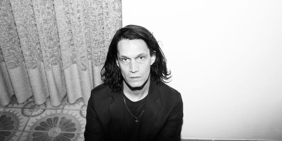 """Jonathan Johansson briljerar med sina poetiska texter på nya albumet """"Scirocco""""."""