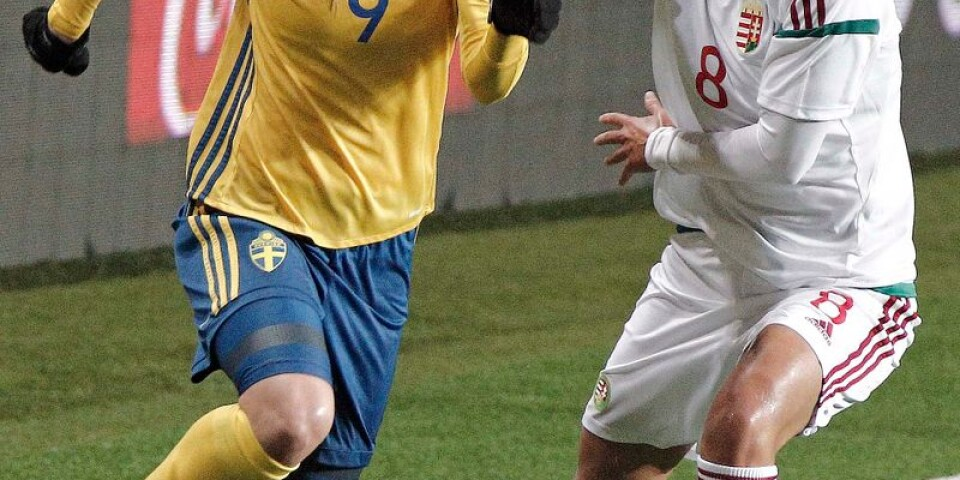 Kosovare Asllani blev tvåmålsskytt på Borås Arena.