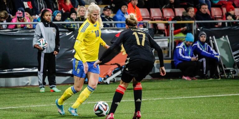 Klart: Fotbolls-EM flyttas till 2022
