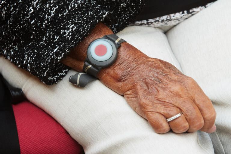 En vårdtagare avled efter det att hemtjänstpersonalen missade trygghetslarmet. Arkivbild.