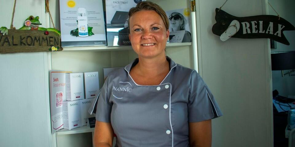 Mirka Törmänen driver Salong Mirka i Asarum.