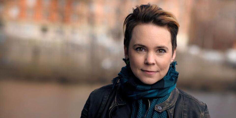 Sara Lövestam gästar Tomelilla bibliotek. Foto: Stefan Tell