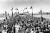 London Bridge invigdes i Lake Havasu City i Arizona för 50 år sedan, 1971.