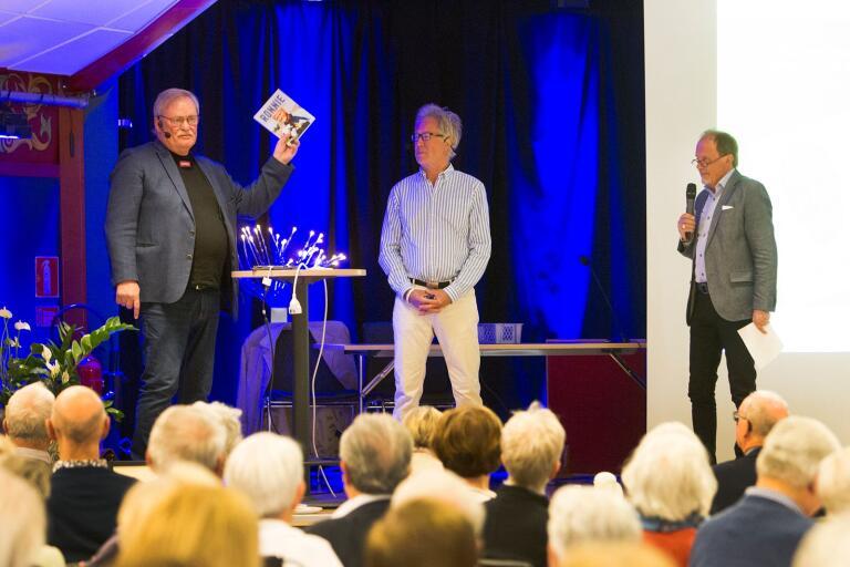 Målvakten Ronnie Hellström, meteorolog Mats Andersson och journalisten Peppe Eng underhöll på Föreningen Gamla Trelleborgs årsmöte.