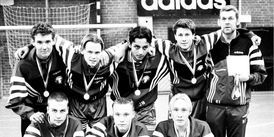 Första bilden på Andreas Isaksson, översta raden till vänster, av TA togs när han stod i mål när TFF:s juniorer vann TA-cupen 1998.