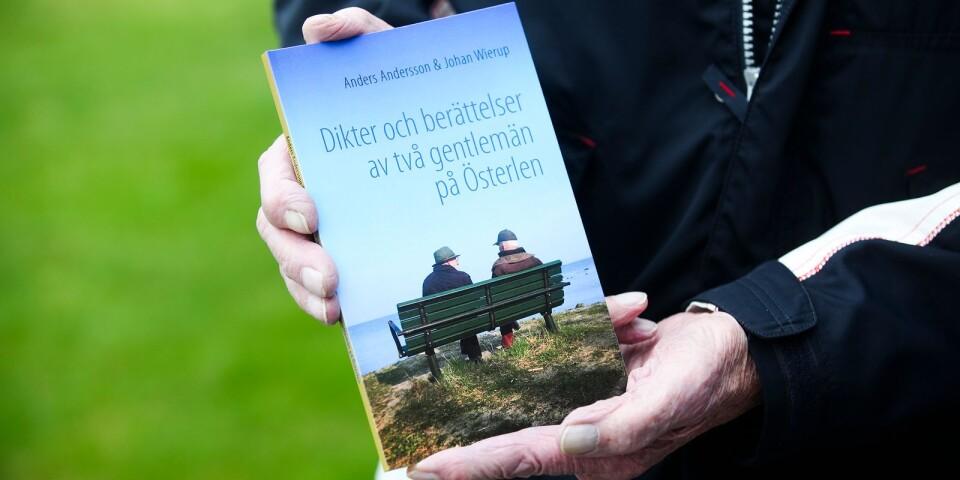 Lördagen den 12 oktober klockan 14-16 är det boksläpp på Kapellgården i Skillinge då författarna deltar.