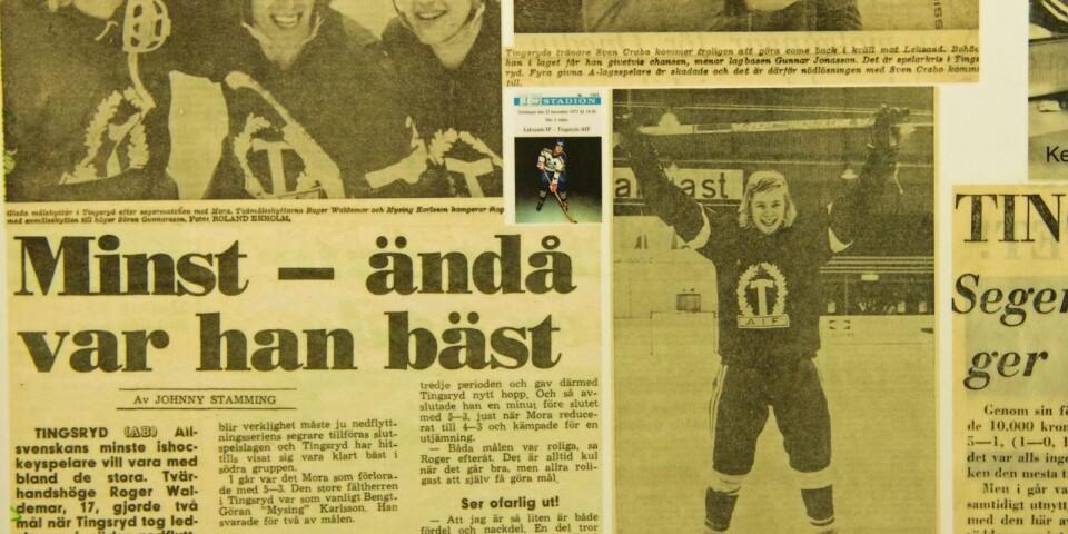 Succé som junior i A-laget. 17-årige Roger Waldemar har precis smällt in två mål mot Mora i nedflyttningsserien och jublar över segern.