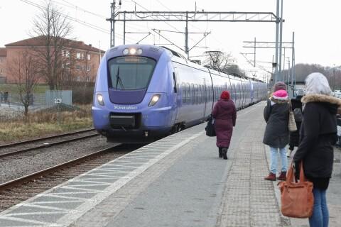 Fler skånska tåg kom fram i tid