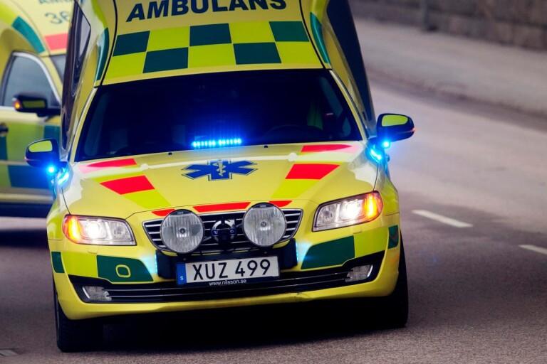 En till sjukhus efter motorcykelolycka – lindriga skador
