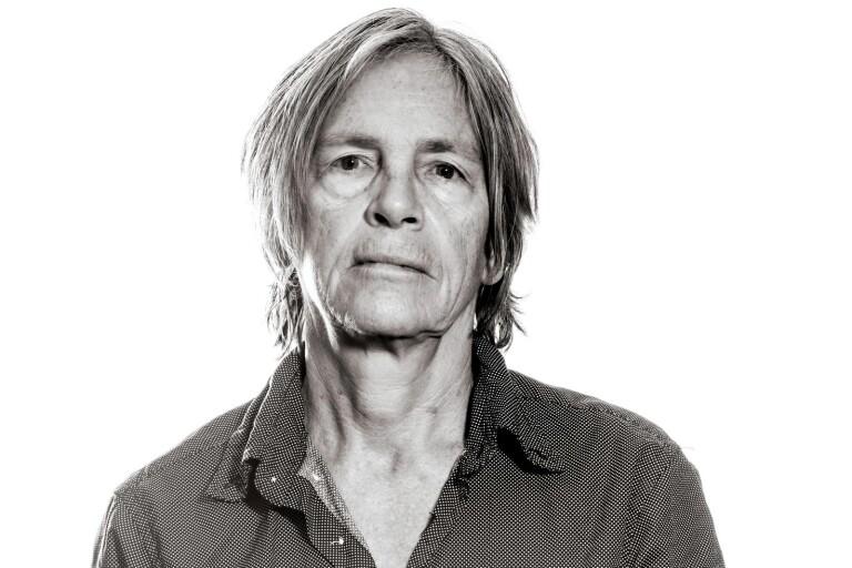 Eileen Myles självbiografi har getts ut på svenska.