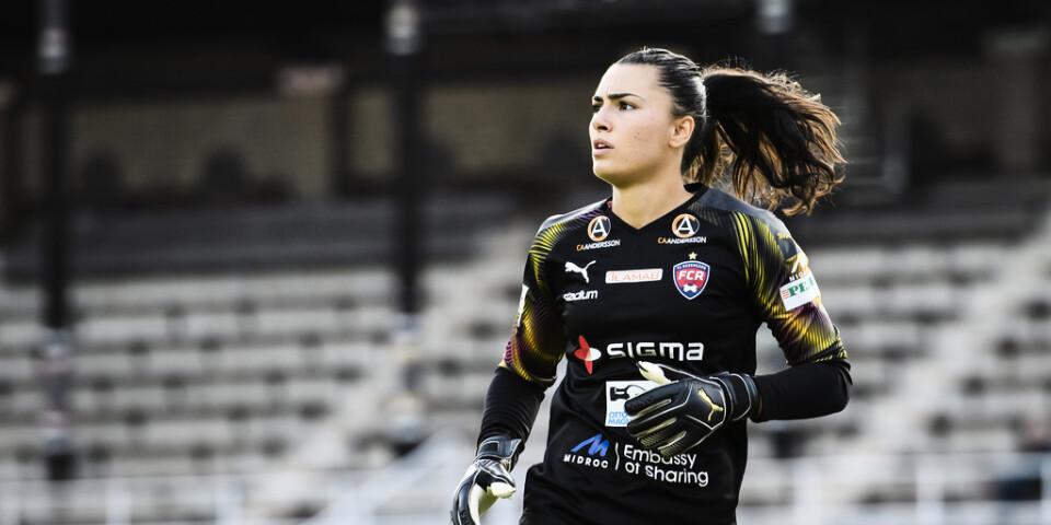 Rosengårds målvakt Zećira Mušović riktade svidande kritik mot Umeås konstgräsplan efter 3–0-vinsten.