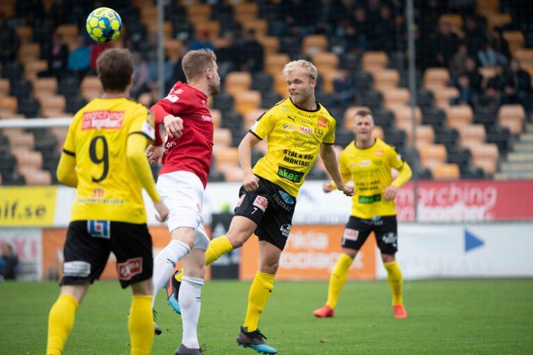 MJällby, och Viktor Gustafson, besegrade Degerfors med 1–0 i våras. Nu handlar det om bortaspel och en fortsatt viktig poängjakt.