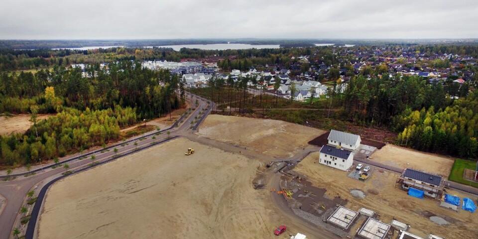 """Boende i Vikaholm kommer att få lång väg till akutvård om bygget av nya sjukhuset i Räppe blir av, påpekar """"Orolig boende i södra Växjö""""."""
