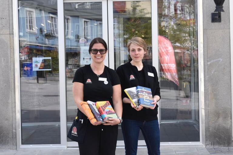 Alice Svanstein och Linda Blomqvist på Akademibokhandeln i Karlskrona ger boktips.