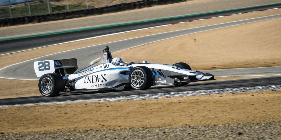 Oliver Askew på väg att vinna en av många tävlingar.