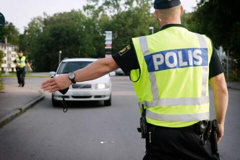 Rattfyllor och saknade körkort efter polisinsats på norra Öland