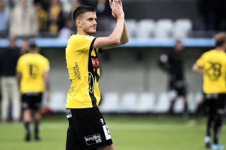 Alexander Jeremejeff, här i Häckens tröja i fjol, är tillbaka i träning med sina lagkamrater i Dynamo Dresden. Arkivbild.