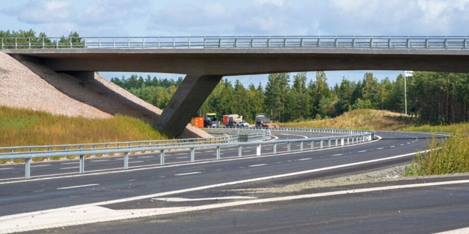 On December 10th, traffic can start driving on the new E22 route, six months earlier than planned. Here is the road by Vä/Mosslunda.