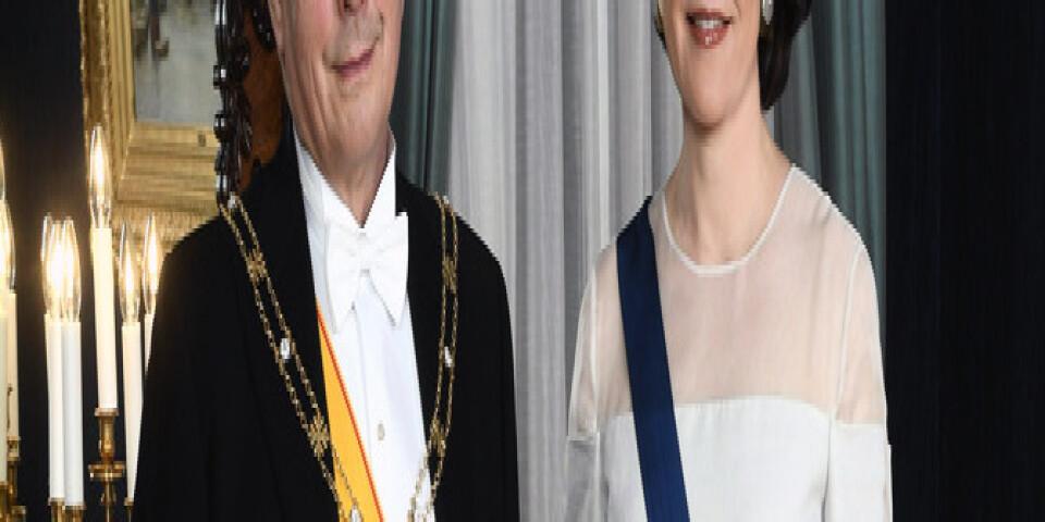Finlands Sauli Niinistö med sin fru Jenni Haukio inför förra årets mottagning, något som är populärt att följa från tv-soffan.