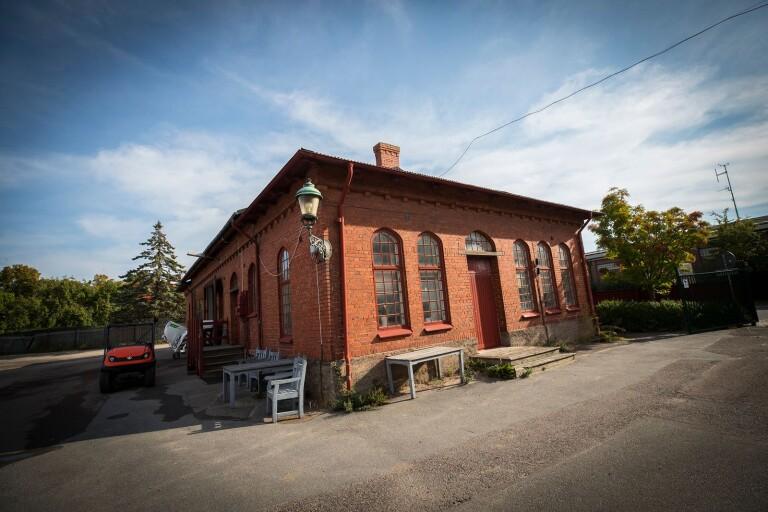 Föreningen Gamla Trelleborg motsätter sig den föreslagna rivningen av Parkkontoret på Gasverkstomten i kvarteret Signalen.