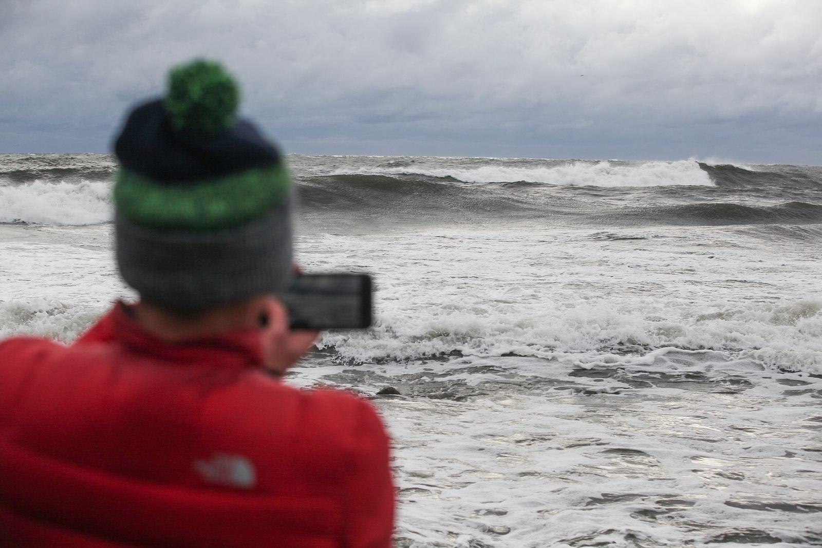 Amerikanen Steve Batten, som bott många år på Hawaii, imponerades av kvaliteten på Östersjöns vågor.