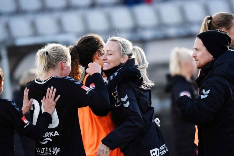فريقKDFF يفوز 4-1 - اصبح جاهزاً للدوري الأوروبي