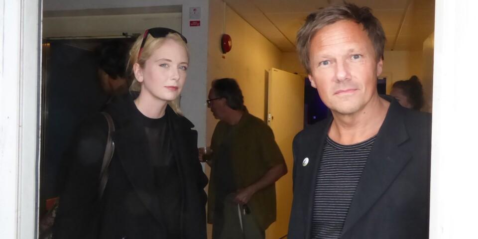 Poeten Amanda Ekberg och Joakim Granlund, verksamhetsutvecklare på Det fria ordets hus, deltog i invigningen och nyöppningen på Västra Esplanaden 10.