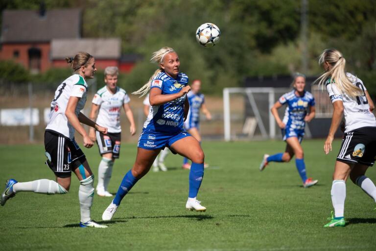 Mathilda Nilsson och Asarum står inför en av säsongens viktigaste matcher när Ljusdal gästar Asarums IP söndag kl. 13.00.