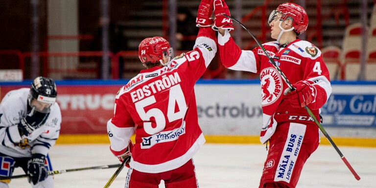 Martin Fransson, till höger, tar plats i veckans femma.