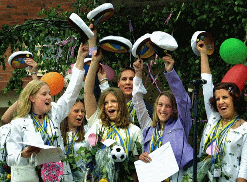 Studentjubel på Jenny Nyströmsskolan 2001.